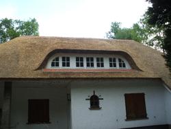 Maatwerk dakkapel voor rieten dak 2
