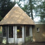 Nieuw rieten dak_tuinhuisje garderen 016