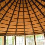 Nieuw rieten dak_tuinhuisje garderen