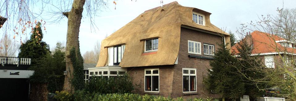 Rietdekkersbedrijf Van Drie en Vliek__Rieten kap villa 2